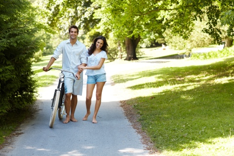 Happy Couples - Being in Love - 4 Ways to Improve Your Relationship